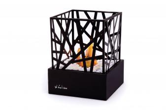 Biochimenea de sobremesa con cuerpo de acero esmaltado en negro